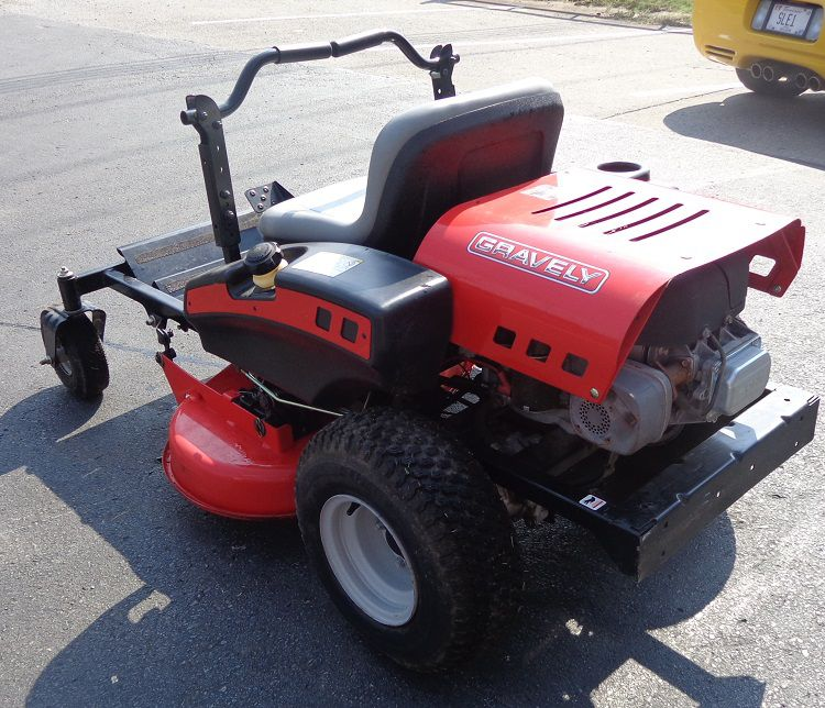 Used 34 gravely zt34 zero turn lawn mower 16 5 briggs for Used lawn mower motors