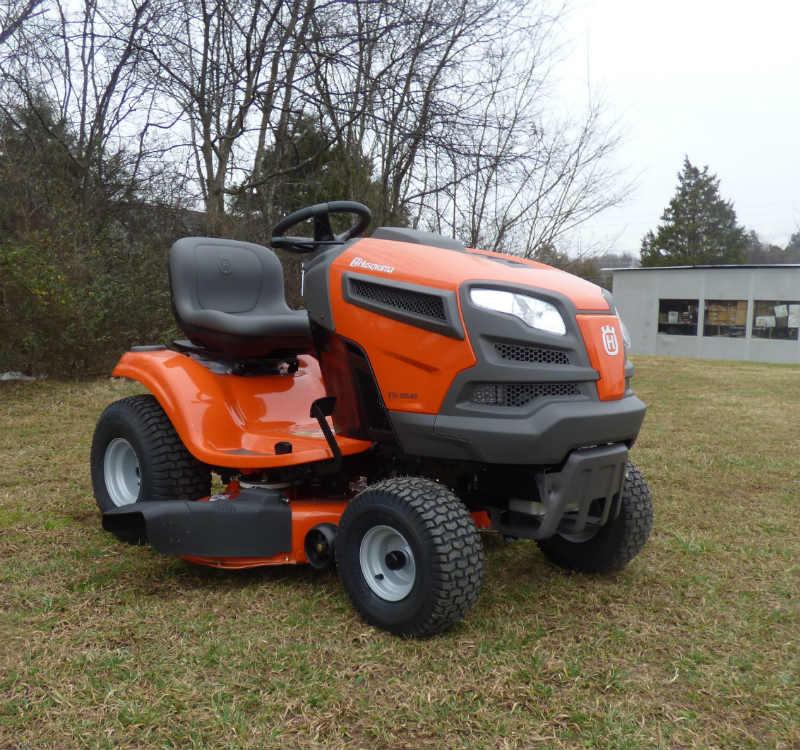42 Husqvarna Garden Tractors : Husqvarna yth v lawn tractor mower quot hp briggs engine