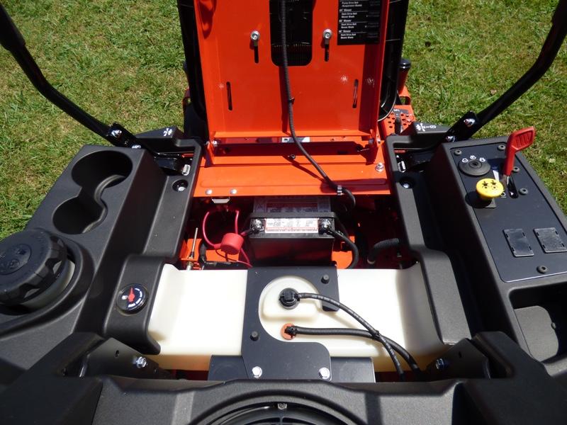 Simplicity 2691322 Zero Turn Mower 44
