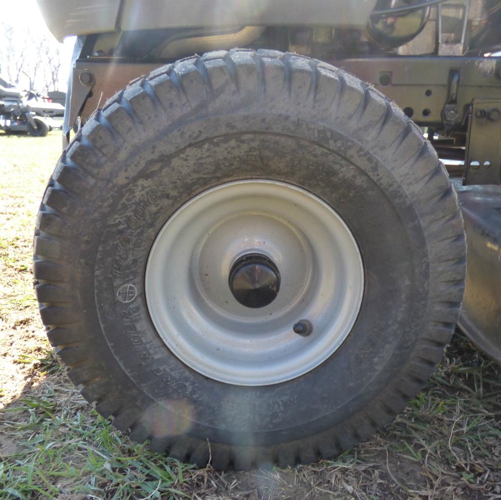 Used Husqvarna Yth22v46 Lawn Tractor Ebay